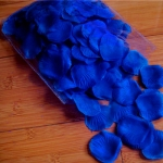 300 Rose Petals - Dark Blue